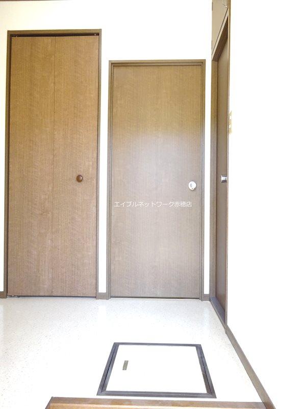 ベリーハイツC棟 玄関