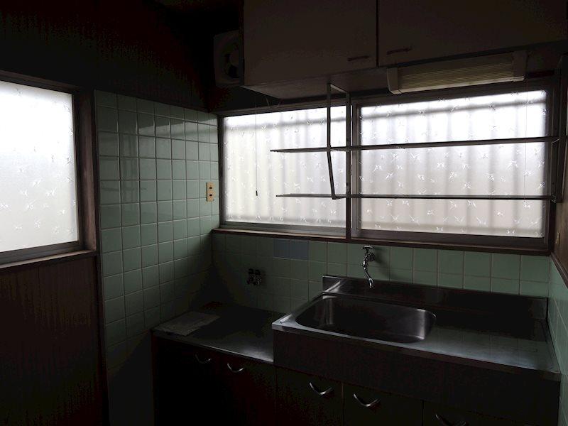 椿荘 キッチン