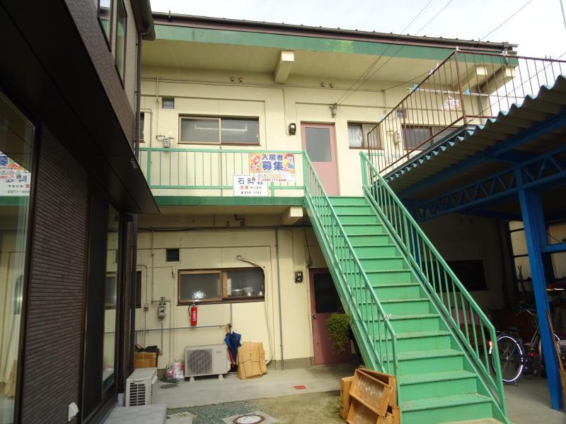 石岡荘 203号室 外観