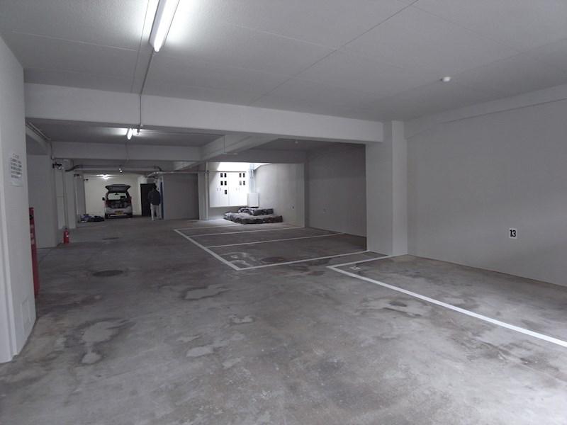 クラスカ衣笠 駐車場
