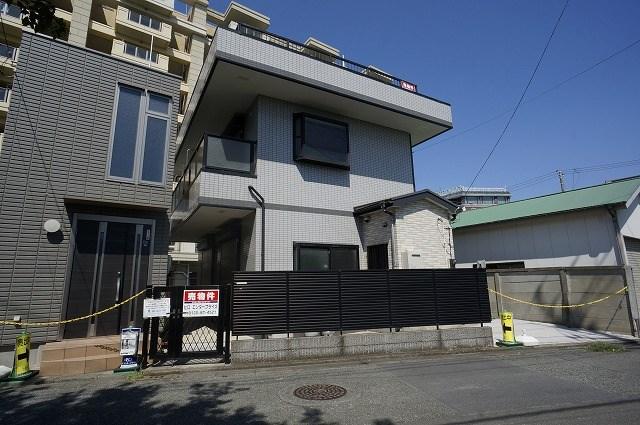 平塚市馬入本町 中古戸建 外観写真