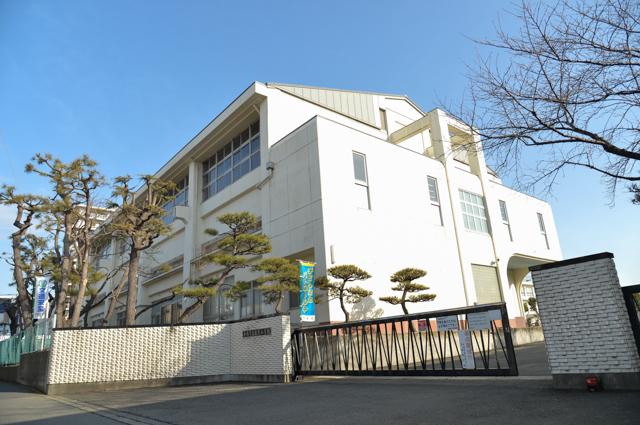 平塚市馬入本町 中古戸建 周辺画像1