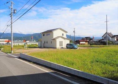 駒ヶ根市赤穂 プレステージ 外観写真